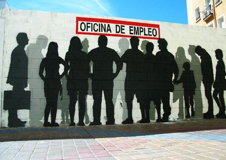 https://commons.wikimedia.org/wiki/File:Spain_crisis.jpg
